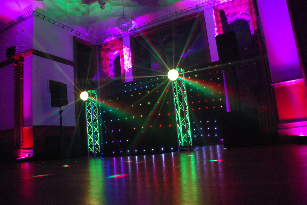 The Hertfordshire Golf & Country Club Wedding DJ | Broxbourne | Herts Events - Wedding DJ Specialists